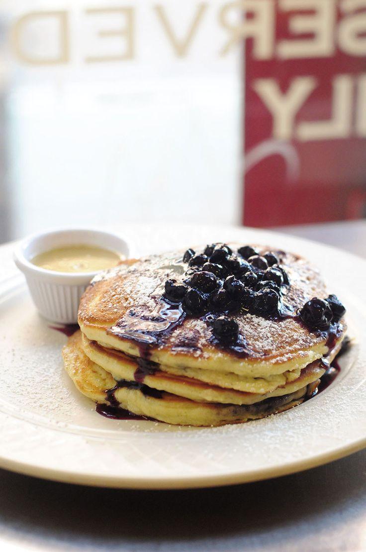 Clinton Street pancakes