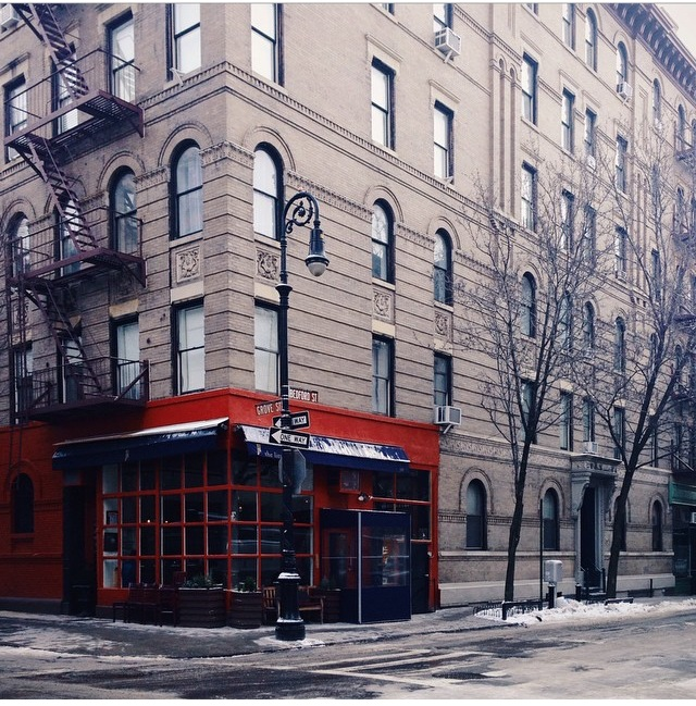 The Friends Apartment Building 90 Bedford Street This Corner Is Home To A West Village Classic And Must Dine Restaurant Little Owl Above