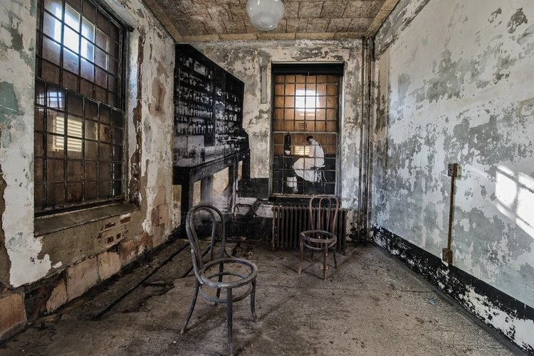 ghosts of ellis island chairs