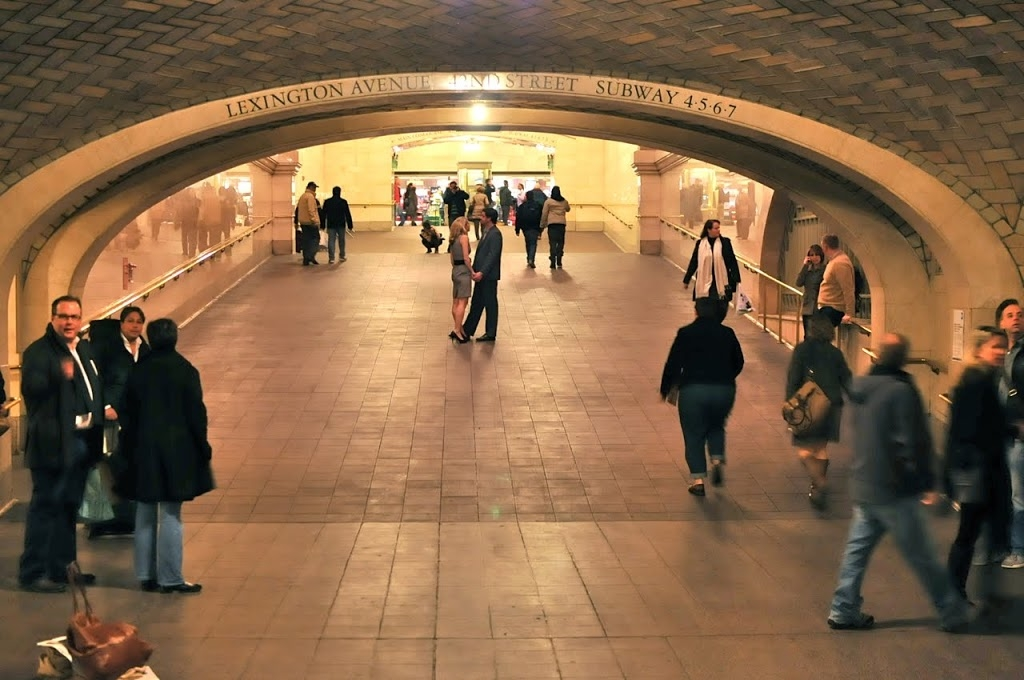 grand-central-whispering-gallery-secret-arch-
