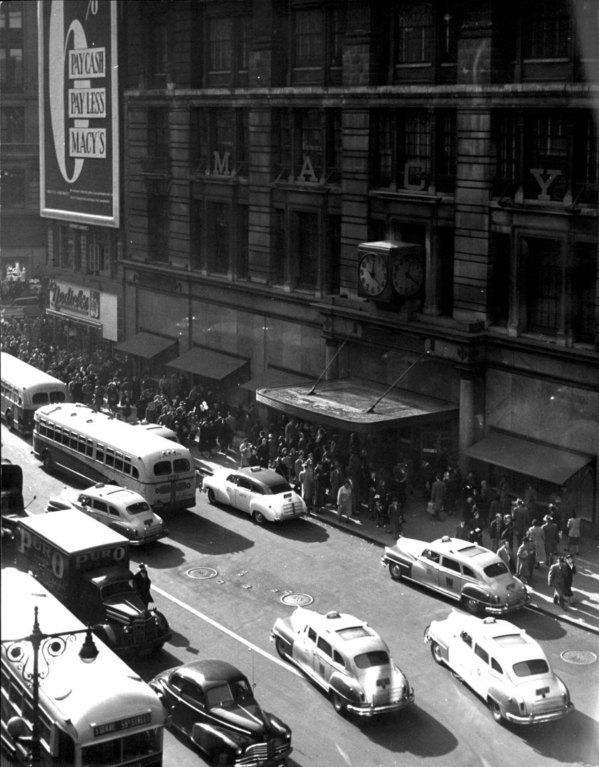 black friday at macy's 1948