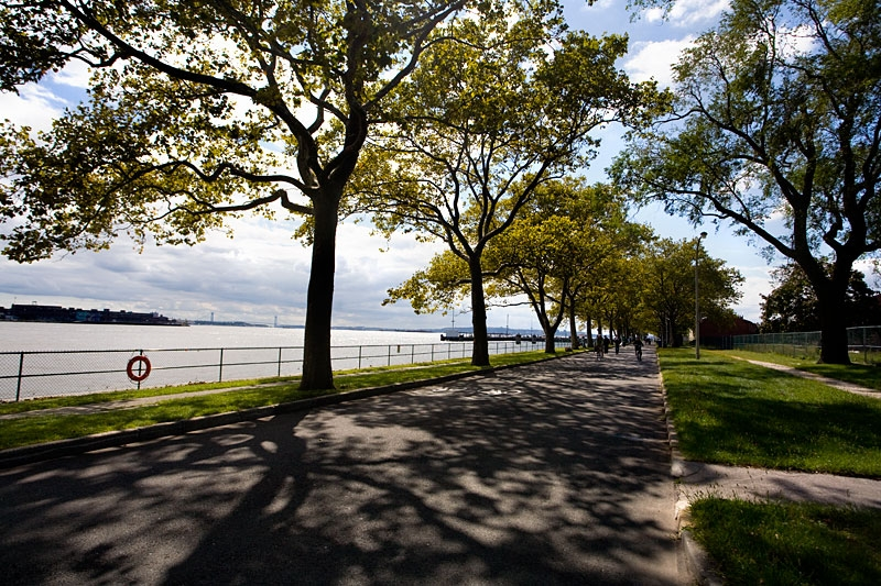 governors island bike path