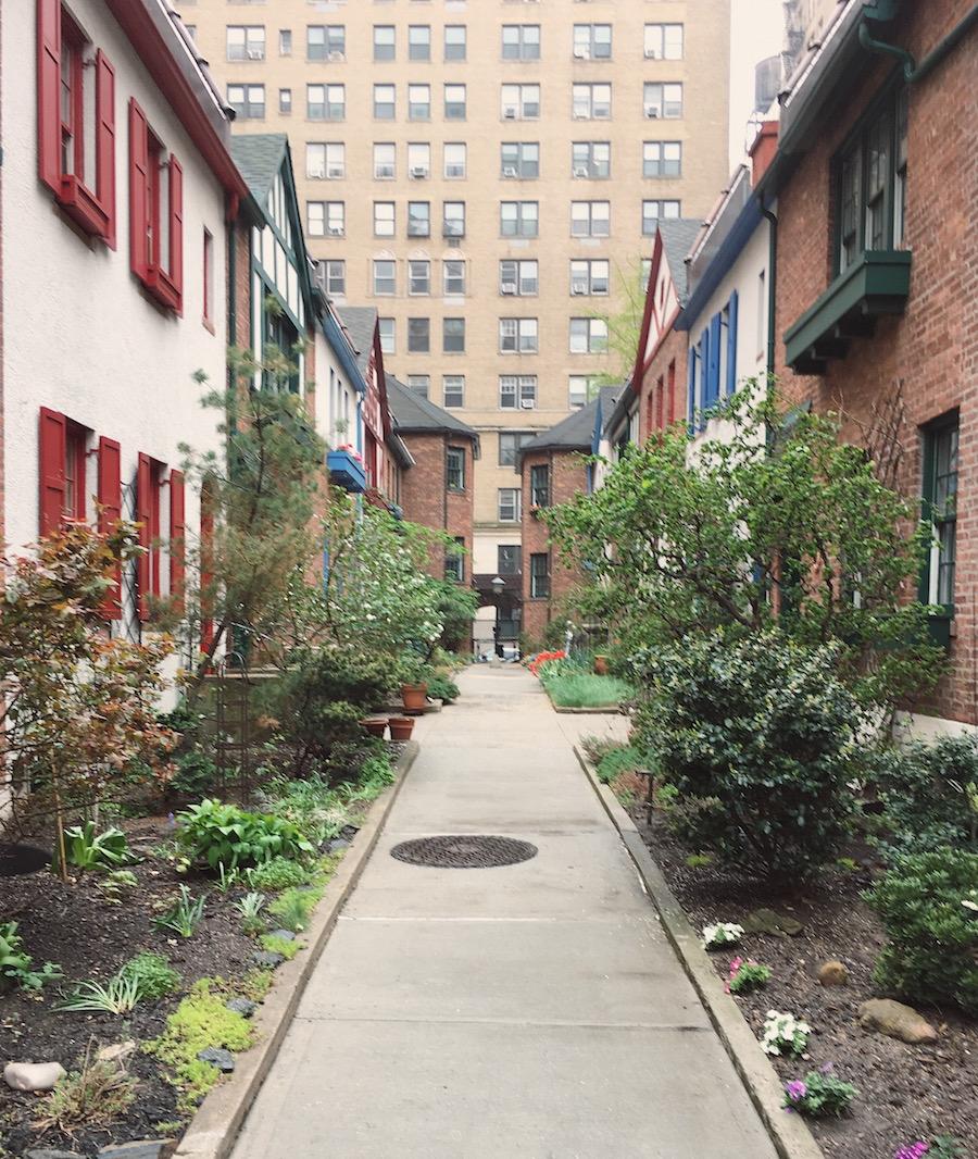 pomander walk miniature english village new york